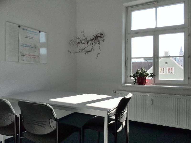 Über uns - Seminarraumvermietung - Nachhilfeinstitut Landshut - Raum 02
